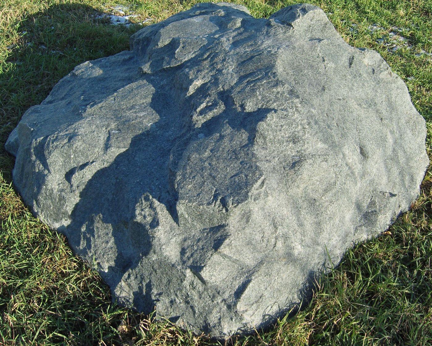 Декоративная крышка септика под камень «Люкс» D-170
